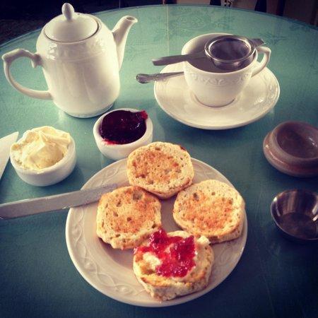 High Tea with scones