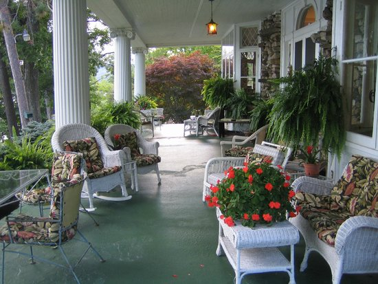 Ruah Bed & Breakfast: Front porch - looking west toward Lake George.