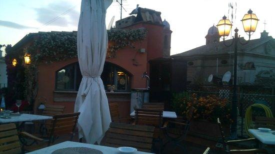 Hotel Mozart: maravilhoso terraço com bar para happy hour