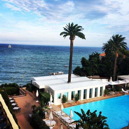 Hotel Royal-Riviera: Vue de la chambre