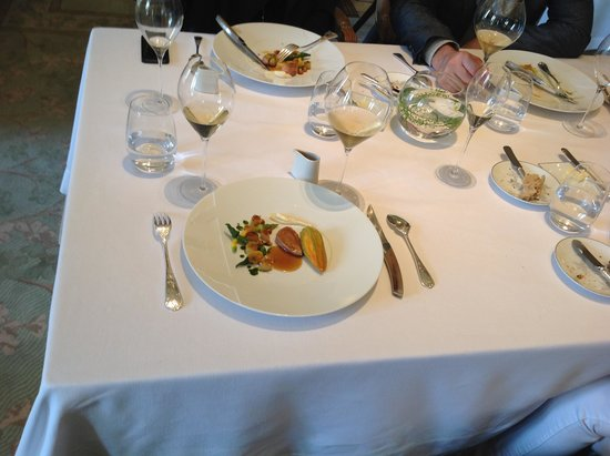 Château Les Crayeres : It's all about the food in Le Parc restaurnat