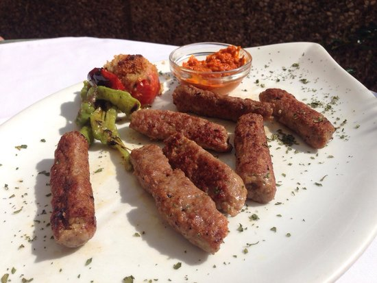 Restaurant Katedralis: Ćevapi - Grilled meat dumplings