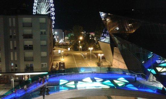 Mola Park Atiram Hotel: Vista nocturna desde la habitación