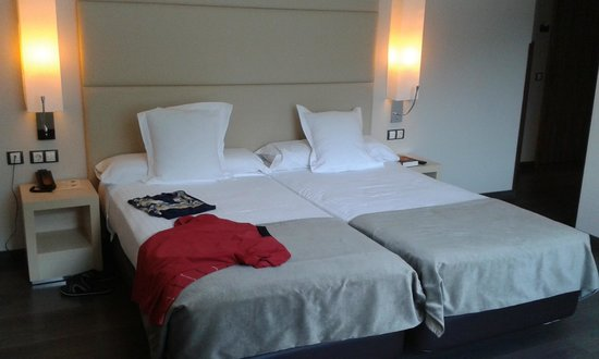 Mola Park Atiram Hotel: Cama (2 individuales)