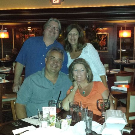 Pappadeaux: Great place to have dinner out with friends