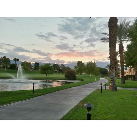 Westin Mission Hills Golf Resort & Spa: Picture outside my room