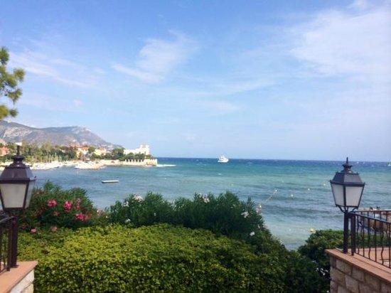 Hotel Royal-Riviera: vue sur mer