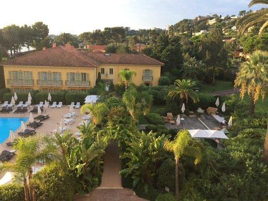 Hotel Royal-Riviera: vue sur jardin