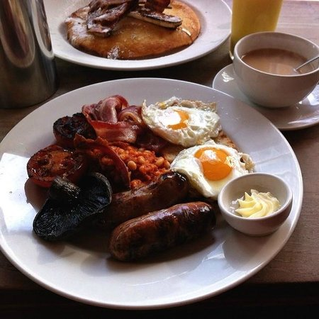 The Table Cafe: English Breakfast