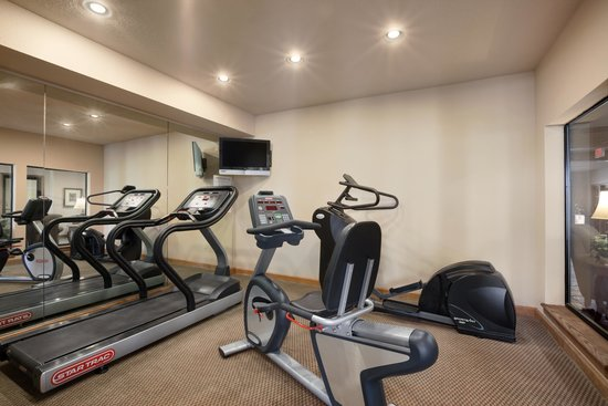 Super 8 Perryville: Exercise Room