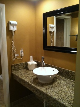 Hollywood Beach Golf Resort: Hotel Guestroom