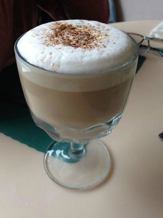 Cottage Restaurant: Latte