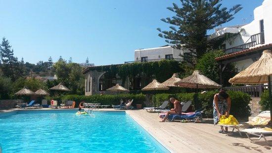 Hersonissos Maris Hotel and Suites : Pool1