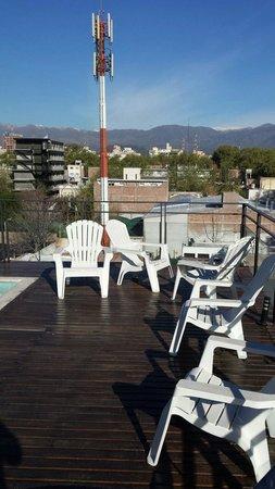 Dakar Hotel & Spa: El mayor encanto del hotel: la terraza con piscinita,es un fraude, con la piscina vacia, vistas