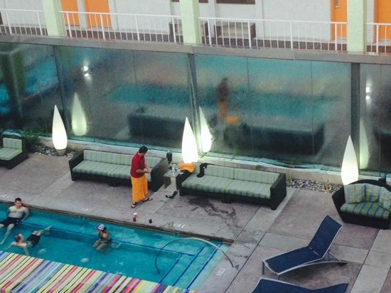 The Clarendon Hotel and Spa: pool area