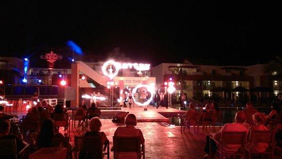 Breathless Punta Cana Resort & Spa: Gatsby show