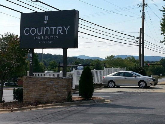 Country Inn & Suites By Carlson, Asheville at Asheville Outlet Mall, NC: Country Inn & Suites By Carlson, Asheville at Biltmore Square Mall, NC  845 Brevard Rd, Ashevil
