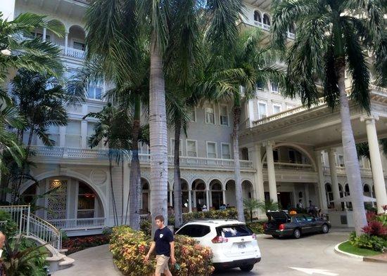 Moana Surfrider, A Westin Resort & Spa: Lovely Hotel