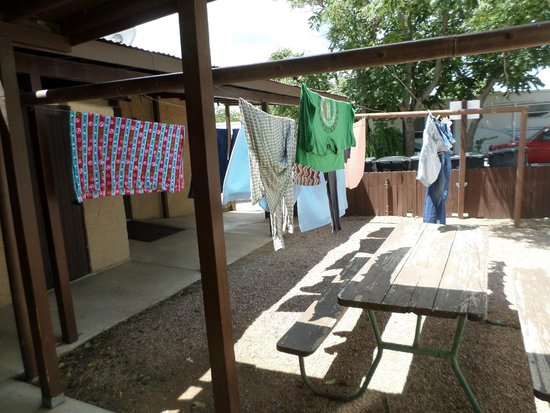 Wells Fargo RV Park: Nice to have this option,,clothes lines near laundry room,,for blankets,,rugs!!!!