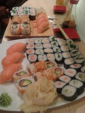 Aiko Running Sushi