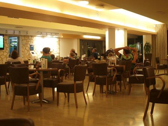 فالامار هوتل كريستال: bar interno