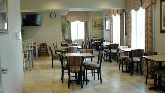 Best Western Palo Duro Canyon Inn & Suites: Breakfast Sitting Area