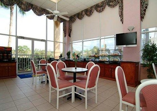 Comfort Inn Near Ellenton Outlet Mall : Restaurant