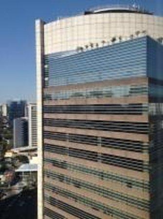 Pullman Sao Paulo Vila Olimpia Hotel: Ao lado, escritórios