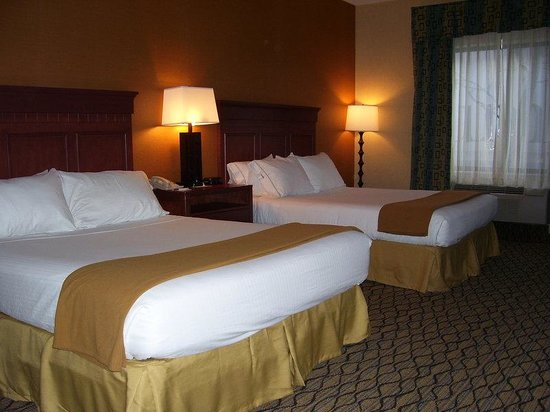 Holiday Inn Express Belleville: Double Bed Guest Room