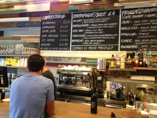 Shake Cafe: menu wall…. so many options