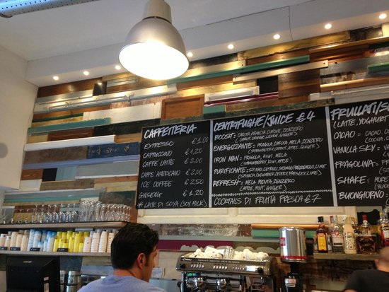 Shake Cafe: Menu wall