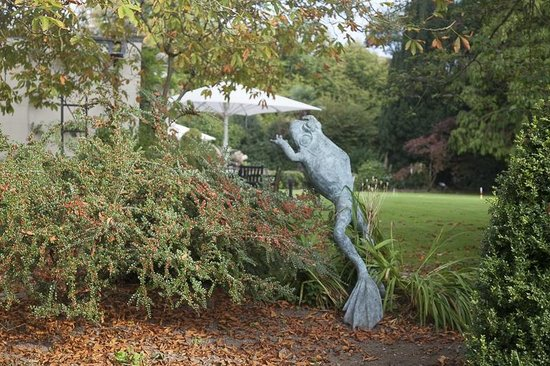 "The Hartnoll Hotel: ""Artwork"" in the garden"