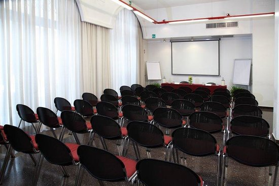 Hotel Sanpi Milano: Venezia Meeting Room Theater