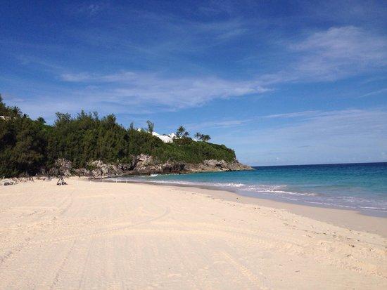 Rosewood Bermuda : Hotel shuttle to private beach. Beautiful sands & water.
