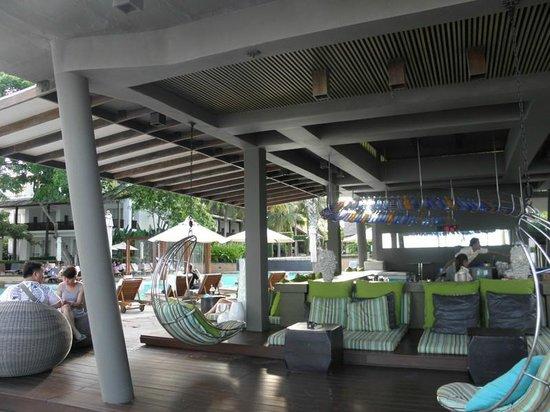 Veranda Resort and Spa Hua Hin Cha Am - MGallery Collection : Bar da Piscina