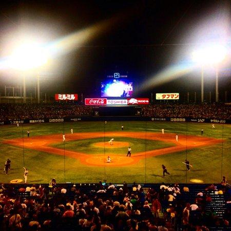 Jingu Baseball Stadium : Jingu Stadium