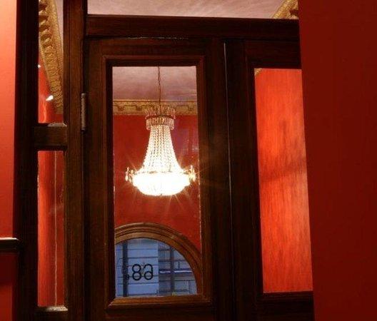 Hotel Hellsten: Entrance