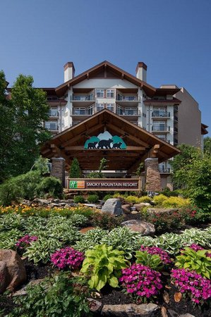 Holiday Inn Club Vacations Gatlinburg-Smoky Mountain: Hotel Exterior
