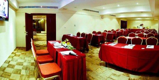 Ramada Riyadh : Meeting Room 2