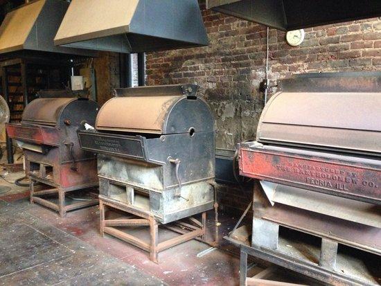 Peanut Depot: 100+ yr old roasters