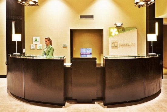 Holiday Inn Hotel & Suites Tulsa South: Welcome to the Holiday Inn & Suites Tulsa South!