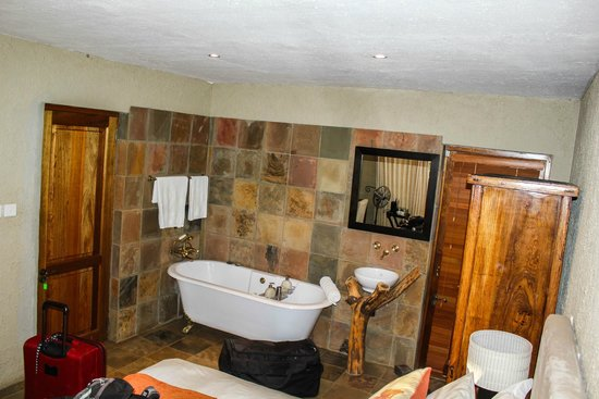 Mokolodi House: Our well appointed room