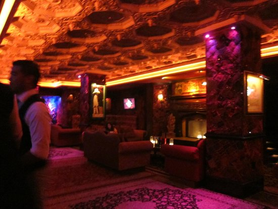 Lounge Area near Bar - Picture of Foundation Room, Las Vegas ...