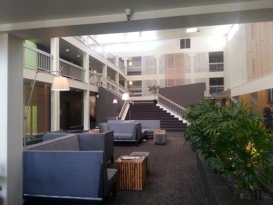 The Domain Hotel : The Lobby