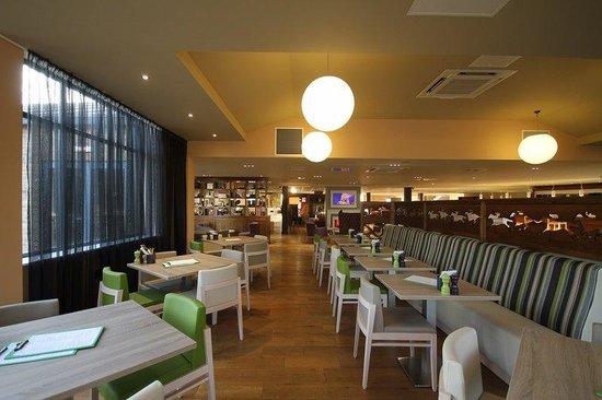 Holiday Inn Huntingdon Racecourse: Restaurant