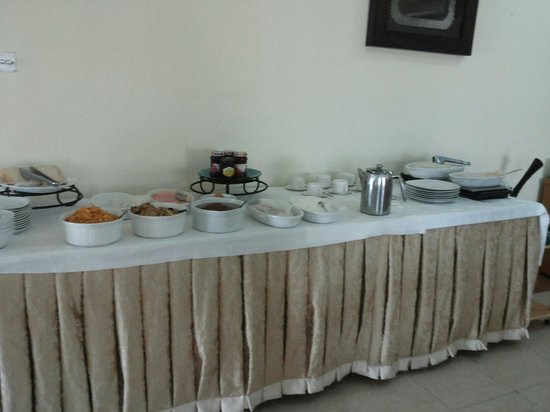 Citilodge Hotel: The breakfast buffet - a good start for the day