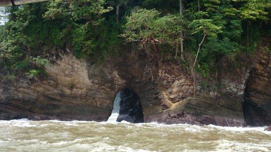 Corcovado Adventures Tent Camp: cavernas