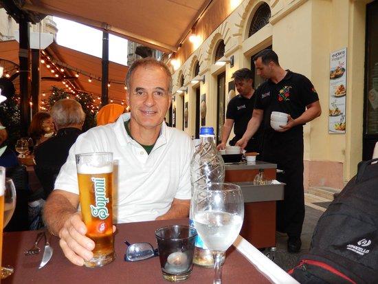 Evidens Bistro : Cheers!