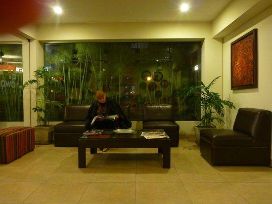Girasoles Hotel: estar