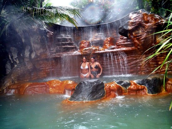 The Springs Resort and Spa : Aranda sisters!
